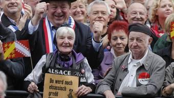 Gross-Demonstration gegen Gross-Region: Tausende Elsässer gingen 2014 in Strassburg gegen die mittlerweile vollzogene Gebietsreform, bei der das Elsass in der Region Grand Est aufging, auf die Strassen.