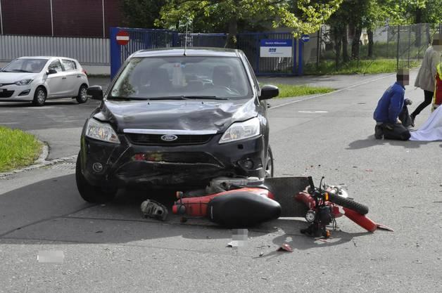In Laupersdorf kollidierten ein Auto und ein Motorrad.