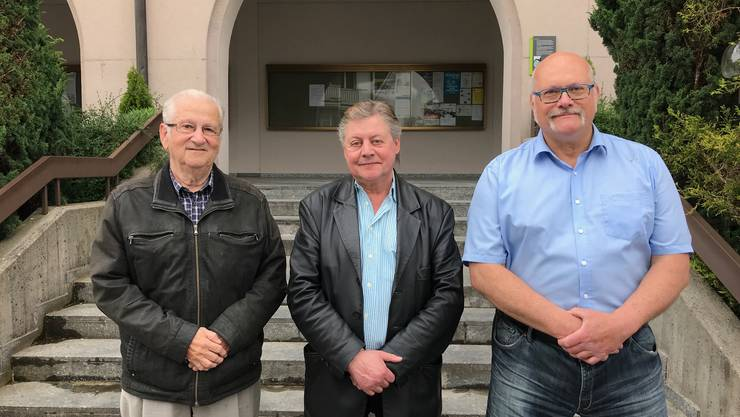 (v.l.) Parteipräsident Hans Heutschi, René Urben und Clemens Hellstern.