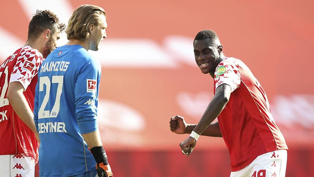 Moussa Niakhate und der FSV Mainz tanzen Bayern München auf der Nase herum und verzögern die Meisterfeier der Müncher durch einen 2:1-Sieg.