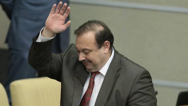 Kreml-Kritiker Gudkow verabschiedet sich von der Duma nach seinem Ausschluss