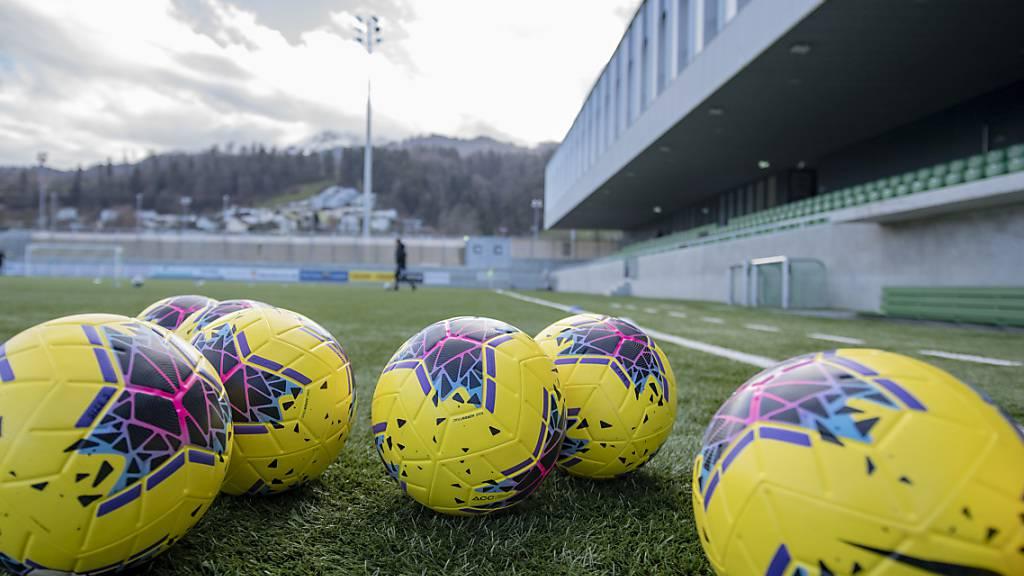 In Kriens liegen die Bälle bereit für die Wiederaufnahme der Challenge-League-Saison