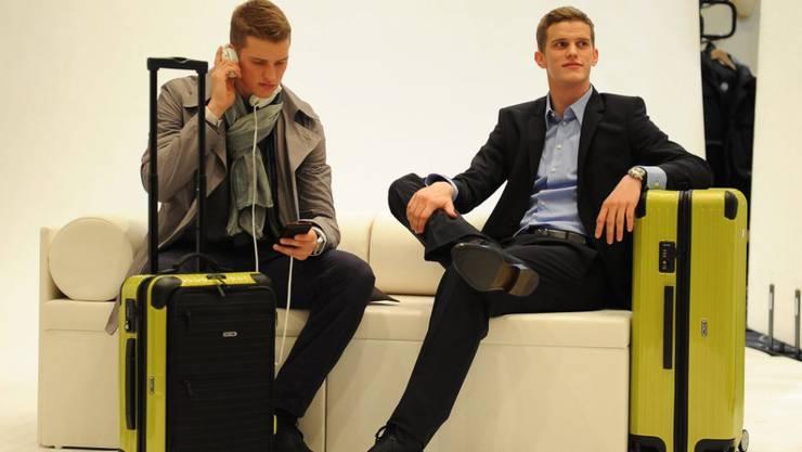 Sven (rechts) wechselt nach Leverkusen zu seinem Bruder Lars Bender (links)