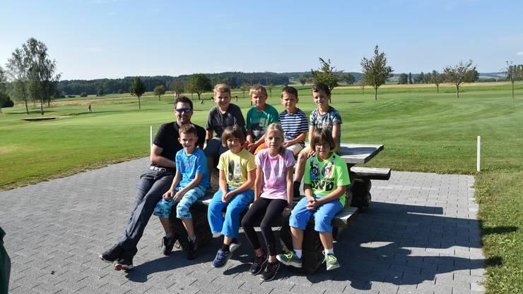 Die acht Teilnehmer hatten viel Spass beim Golf-Ferienpass