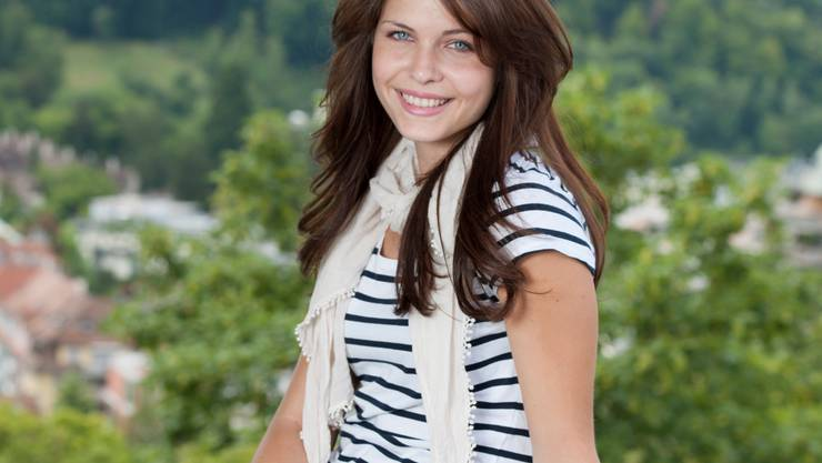 Die Aargauer Miss-Schweiz-Kandidatin Michelle Koch strahlt über beide Ohren. Sie hat erst kürzlich erfahren, dass sie das Diplom der medizinischen Praxisassistentin bestanden hat.   Alex Spichale