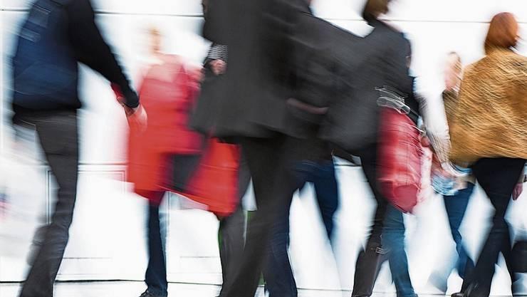 Der Bundesrat kommt den kantonalen Vollzugsstellen bei der Kurzarbeitslosigkeit entgegen.
