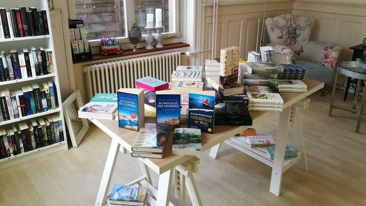 Die Buchhandlung Scriptum in Dietikon steht Mona Sorcelli beratend zur Seite.