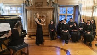 Der Verein Pro Kloster Fahr organisierte zusammen mit der Klostergemeinschaft unter anderem die Feierlichkeiten zum 100. Geburtstag der Benediktinerin und Schriftstellerin Silja Walter. Diese fanden letzten Sommer statt.