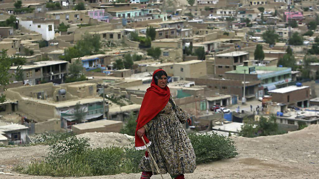 Kabuls staubbraune Häuser sollen bunt bemalt werden - um die Stimmung der Einwohner aufzuhellen. (Archiv)