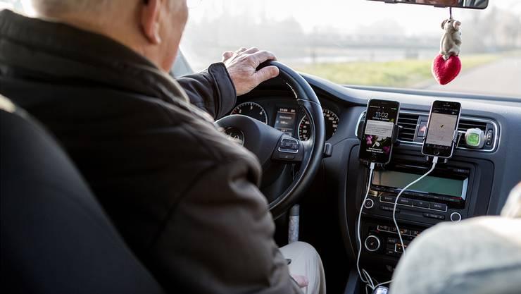 Dieser Uber-Fahrer, der anonym bleiben möchte, war im Dezember 2016 als Pop-Fahrer in Zürich unterwegs. Mittlerweile ist dieser Dienst eingestellt.