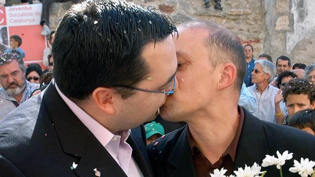 Eheschliessung eines gleichgeschlechtlichen Paares in Spanien (Archiv)
