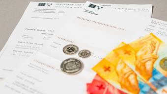 Der Kanton will klären, ob der Steuerbezug für die natürlichen Personen ab 2022 beim Kanton zentralisiert eingezogen werden soll.
