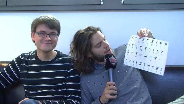 Maximilian Baumann lernt bitzli Klingonisch