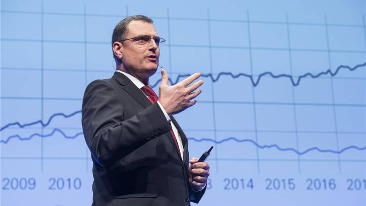 Erhöht die Nationalbank die Negativzinsen? Direktor Thomas Jordan gibt den Entscheid morgen bekannt.
