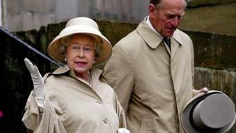 """""""Guck mal Schatz, ein Kaugummi"""": Die Royals in Holyrood (Archiv)"""
