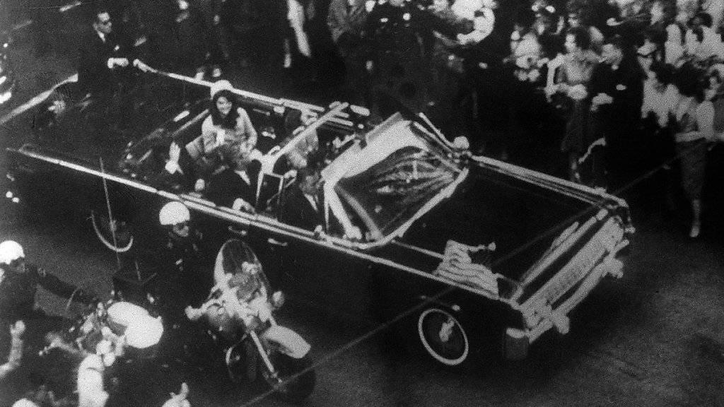 US-Präsident Donald Trump will nun doch sämtliche Akten über die Ermordung von John F. Kennedy zur Veröffentlichung freigeben. (Archivbild)