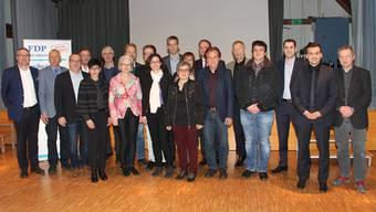 Zu den Kandidierenden gesellte sich FDP-Regierungsrat Remo Ankli (links)