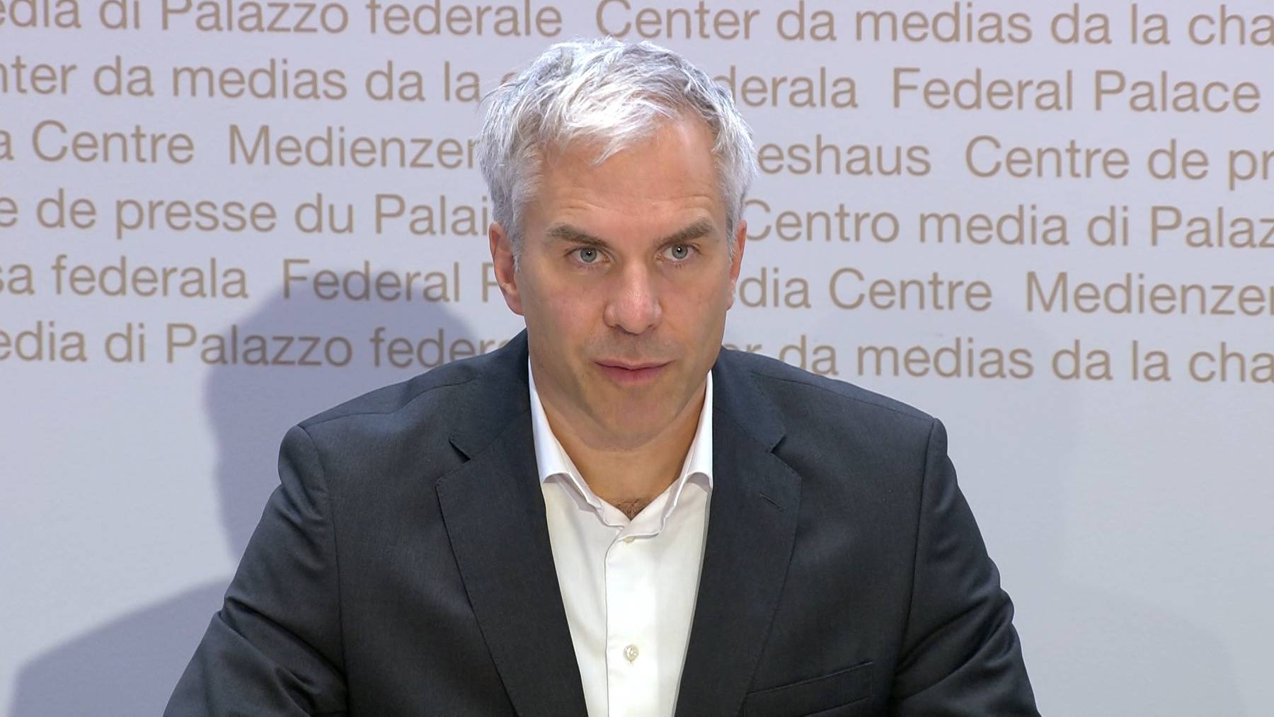 Thumb for ‹Covid-Taskforce-Präsident Ackermann: «Massnahmen reichen nicht.»›