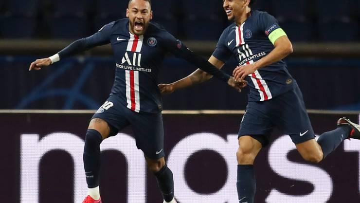 Neymar und Marquinhos freuen sich über das 1:0 von Paris Saint-Germain