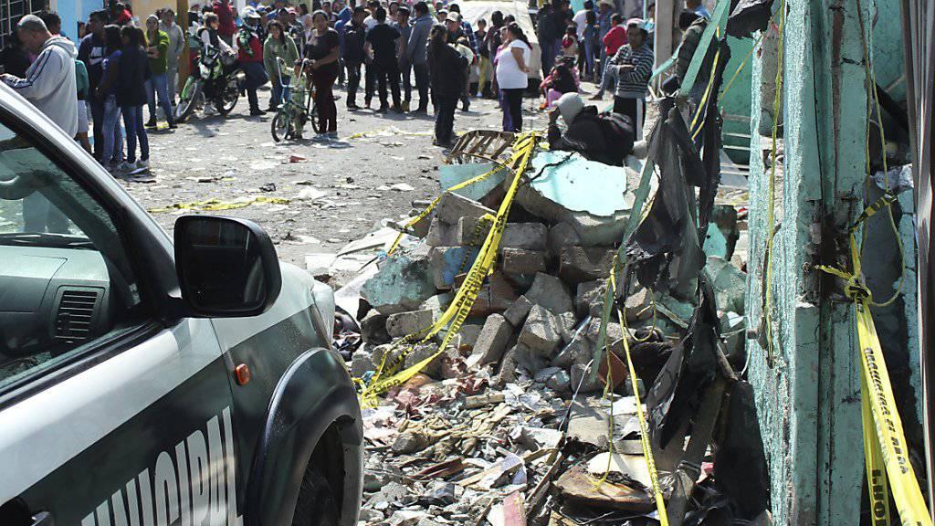 Die Pyrotechnik-Werkstatt nach der Explosion im mexikanischen Tultepec.