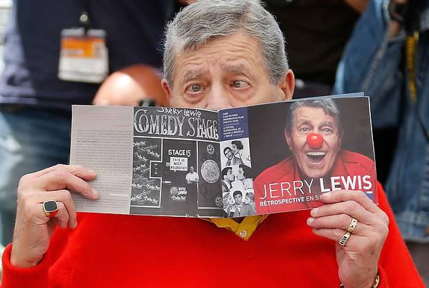 Auch Jerry Lewis gibt den Komiker
