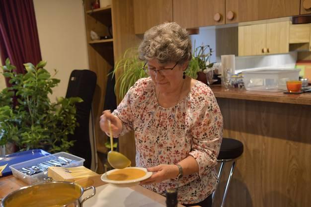 Marianne Lehmann, First Lady beim Suppeschöpfen