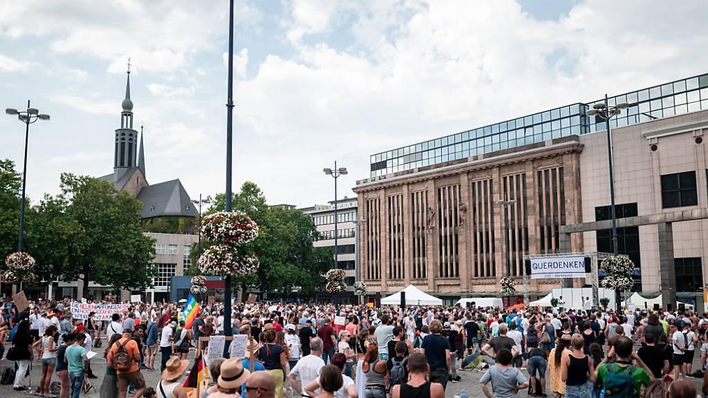 Polizei: Knapp 2800 Teilnehmer bei Corona-Demo in Dortmund