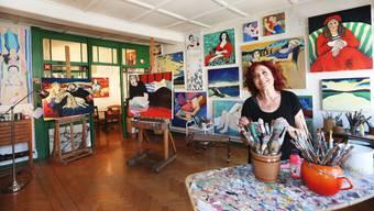 Die Künstlerin Ruth Lerch in ihrem Atelier in der Altstadt.