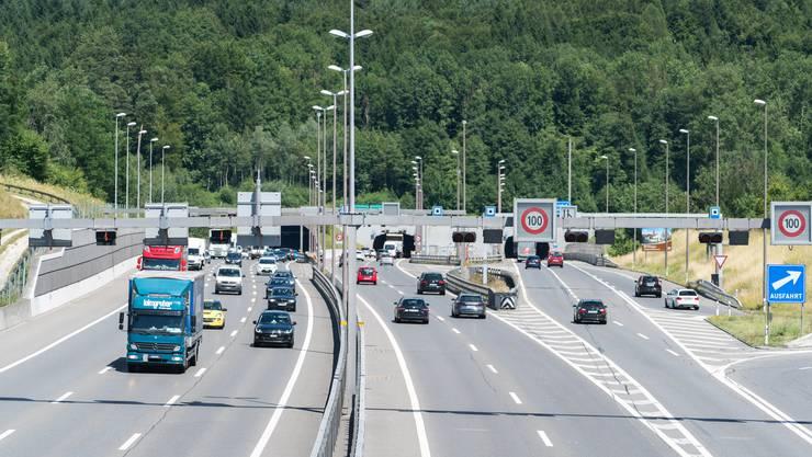 Ein Autobahn-Dach vor dem Baregg-Tunnel: Diesen Vorschlag der Grünen hat die Stadtverwaltung in ihre Zukunftspläne einfliessen lassen.
