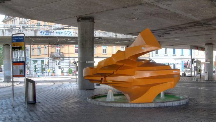 Der Plastikbrunnen «Sirius» stand bis jetzt auf dem Escher-Wyss-Platz.