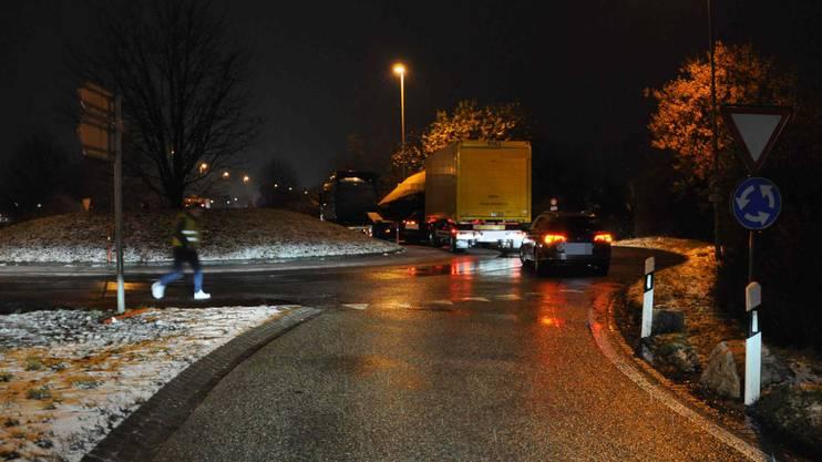 Während rund zwei Stunden musste die Polizei den Verkehr umleiten.