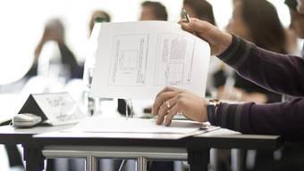 Jährlich sollen laut Ständeratskommission für Weiterbildung Steuerabzüge bis zu 12 000 Franken erlaubt werden (Symbolbild)