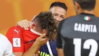 Bis zum bitteren Ende: Die Schweizer Beachsoccer Nati muss nach einem überzeugenden WM-Auftritt das Aus gegen Italien verkraften. Nun droht auch Zuhause Ärger.