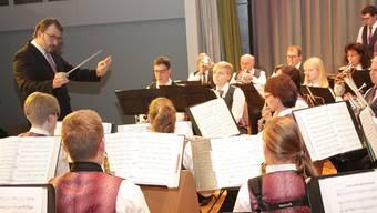 Die Stücke im Programm der Musikgesellschaft Härkingen haben alle jeweils einen Bezug zu den vier Elementen Feuer, Wasser, Erde und Luft.