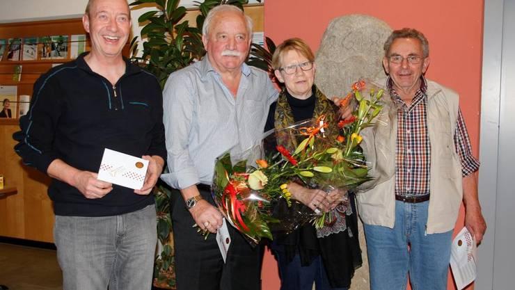 Bildlegende von rechts nach links: René Gloor (3. Platz); Dorli Fischer (2. Platz und beste Frau); Ruedi Fleischli (Gesamtsieger); René Widmer (4. Platz).