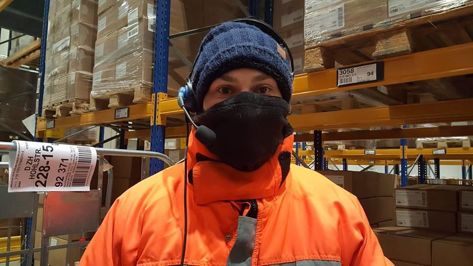 Ramona im Tiefkühllager