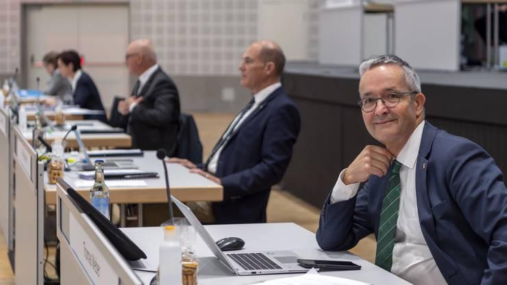 Regierungsrat Thomas Weber (SVP) an der Landratssitzung, die wegen den Vorsichtsmassnahmen gegen das Coronavirus im Congress Center in Basel stattfindet.