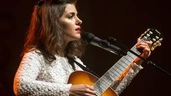 Stammgast auf Schweizer Bühnen - und in hiesigen Käseläden: Katie Melua, im Bild bei ihrem Auftritt am Blue Balls Festival in Luzern im vergangenen Juli.