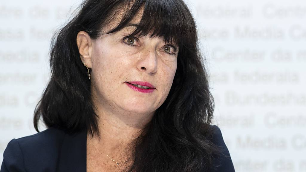 Die frühere Waadtländer SP-Ständerätin Géraldine Savary kehrt als neue Chefredaktorin des Westschweizer Magazins Femina in den Journalismus zurück. (Archivbild)