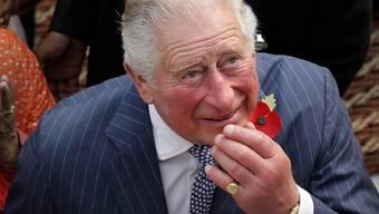 """Leichte Symptome aber sonst """"wohlauf"""": Der britische Thronfolger Prinz Charles hat sich mit dem neuartigen Coronavirus infiziert."""