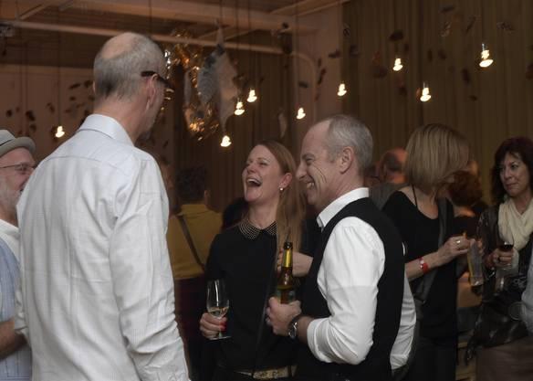 Der Name Midlifeparty verrät zwar, dass das Durchschnittsalter der Feierfreudigen leicht höher ist als bei anderen Partys. Doch von Mitte 20 bis über 60 waren alle da und kamen auch auf ihre Kosten.