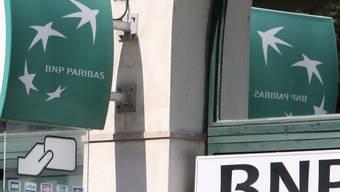 BNP-Paribas-Logo an einer Filiale in Nizza (Archiv)