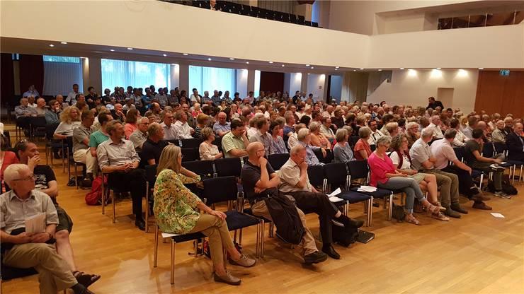 Das Forum zur Salzgewinnung weckte grosses Interesse bei der Bevölkerung.