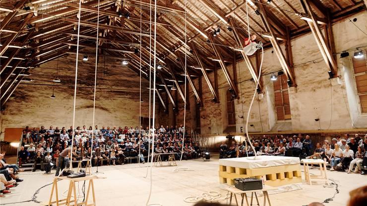 Die Alte Reithalle wird im Rahmen des Festivals «cirqu'7» zum letzten Mal bespielt.