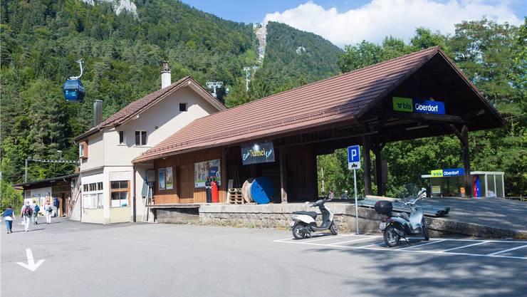 Schon bald können sich die Wanderer auch in der Talstation verpflegen.