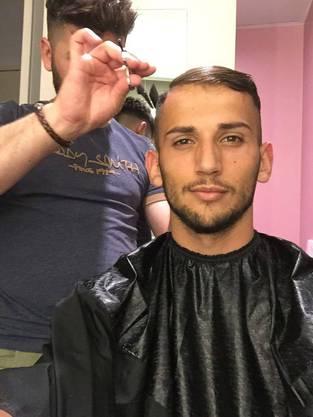 Naser Aliji ist seit einem Jahr Stammkunde im Friseursalon in Wettingen