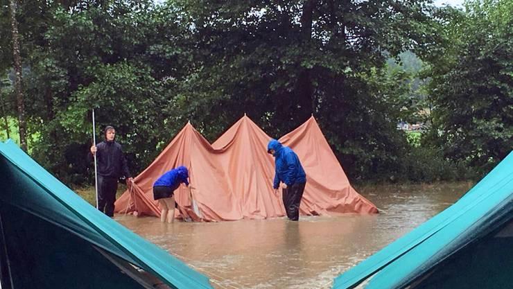Auch dieses Lager hatte der Bach überschwemmt. (Archivbild)