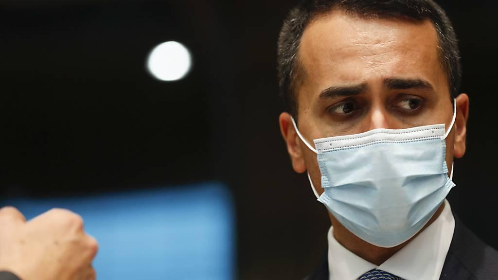 ARCHIV - Luigi Di Maio, Außenminister von Italien, nimmt an einem Treffen der Außenminister der EU im Gebäude des Europäischen Rates teil. Di Maio bekräftigt, dass Italien einen G20-Sondergipfel zur Lage in Afghanistan organisieren wolle. Ein genaues Datum nennt er nicht. Foto: Johanna Geron/Pool Reuters/AP/dpa