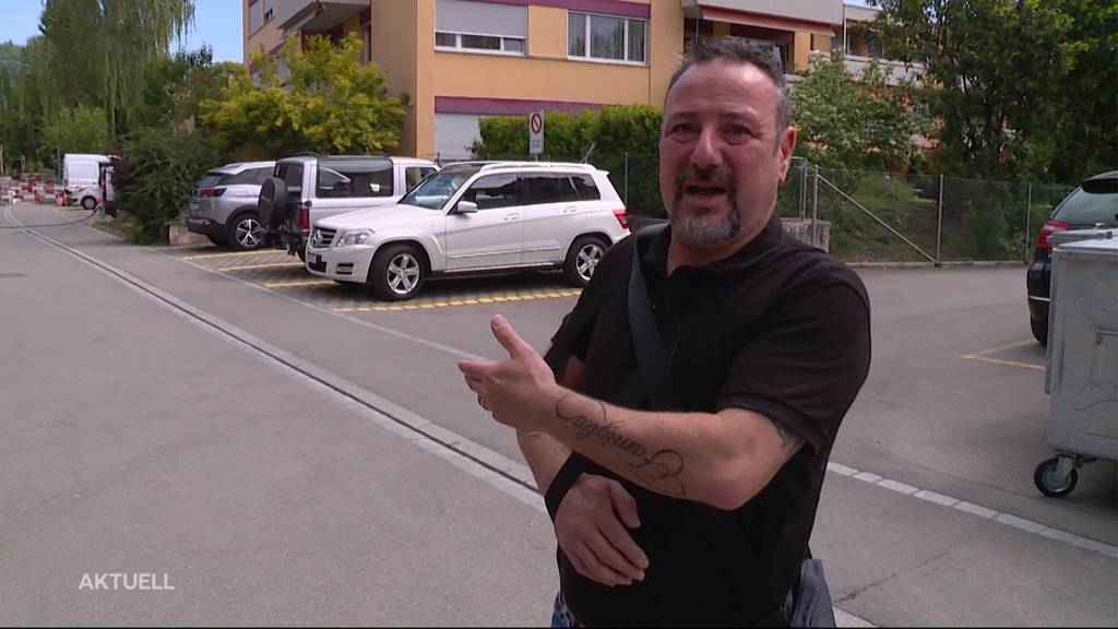Oberengstringen ZH: Bewaffneter Mann geht auf Passanten los