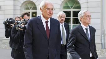 Angeklagter Rolf Erb (l.) mit Anwalt